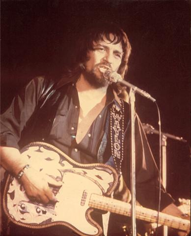 WaylonJennings (Small)