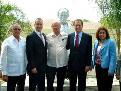 Meeting with the Cuban community in Tampa, Florida (1)