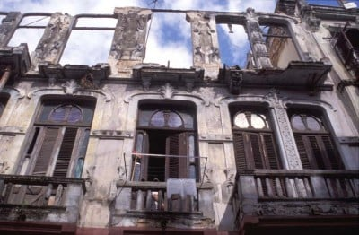 ruins-apts