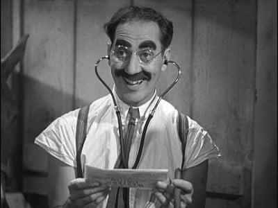 Doctor Maximo Groucho Cara-Dura, Ministro de Salud y Limpieza
