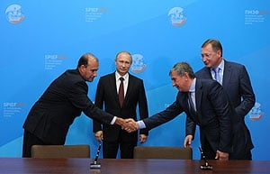 Sealing the deal in Moscow