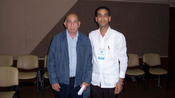 Juan Carlos Gálvez with vice president Machado Ventura on 14 December 2008 at the 7th Congress of the Committees for the Defense of the Revolution