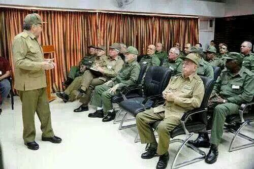 Militares-cubanos