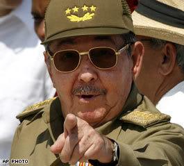 Te lo dije, Maduro, pidele lo mismo a Obamito (I told you, Maduro, ask dear Obama for the same kind of deal I got).