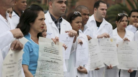 Defecting Cuban slave doctors in Colombia