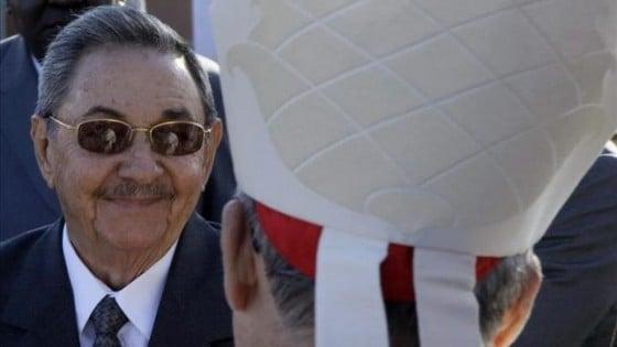Raul-Castro-Jaime-Ortega-preparativos_EDIIMA20150818_0040_4