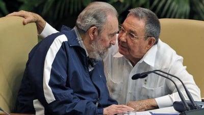 Fidel Castro and Raúl Castro at the Sixth Congress of the PCC, Havana, 2011. (ANALITICA.COM)