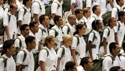 As part of a larger policy of internationalism, there are currently 52,000 Cuban doctors working in 66 countries worldwide, representing an annual revenue of 8.2 billion dollars for the government. | Photo: Reuters