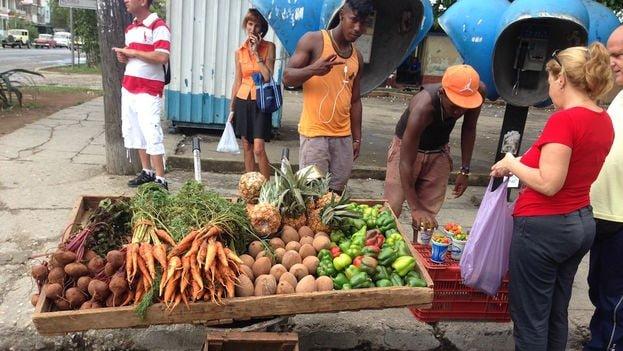 Carretillero-calle-Habana_CYMIMA20160302_0038_16