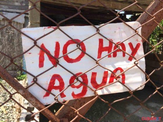cartel-no-hay-agua-sequia-holguin-768x576