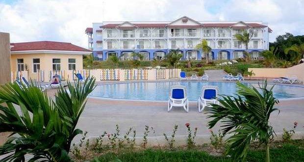 Vista-hotel-Memories-Flamenco-Beach-Resort-_ab-620x330