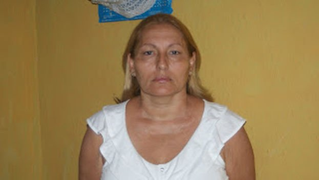 Ada Lopez, a Cuban opposition activist and member of Otro18, and also a member of the independent library movement.