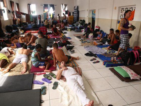 Cubanos en una iglesia en Panama