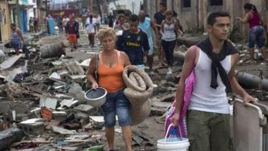 Vecina de Baracoa tras el paso del huracán Matthew. (AP)