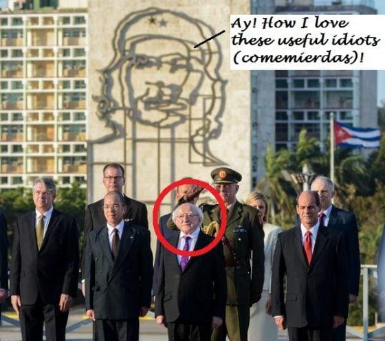 Rogelio Sierra Díaz (D), Viceministro de Relaciones Exteriores (Minrex), junto a Michael D. Higgins (C), Presidente de Irlanda, durante la ceremonia de colocación de una ofrenda floral al Héroe Nacional de Cuba, José Martí, en La Habana el 15 de febrero de 2017. ACN FOTO/Abel PADRÓN PADILLA/sdl